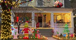 Save-Energy-with-Outdoor-Holiday-Decorations