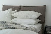 White Pillows on a Bed | Bedding & Linens – Sustainable Fashion Products - Conscious Consumer_Sustainable Fashion